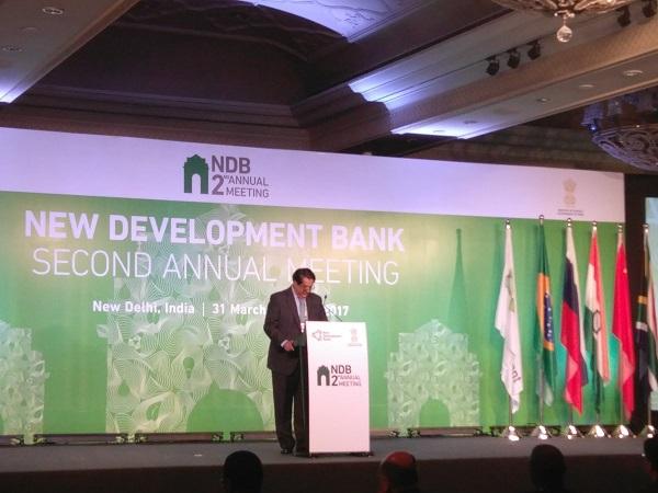 BRICS banka bude tento rok investovať 3 miliardy dolárov