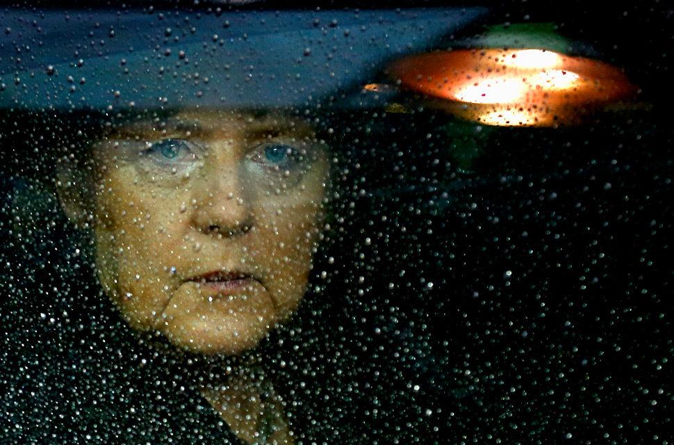KOMENTÁR: Angela Merkelová priznala, že klamala. Čo z toho vyplýva?
