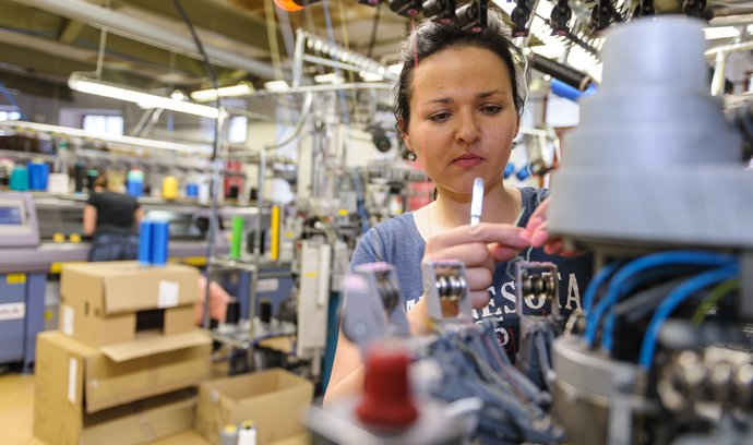 E15: Produktivita českej práce klesá