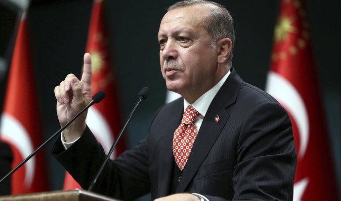 """GLOSA: """"Nemáme žiadne otvorené otázky, nemáme žiadne problémy…"""" Povedal Miroslav Lajčák (Smer-SD) na margo Turecka. Skutočne?"""
