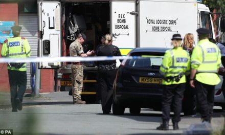 DAILY MAIL: FBI v januári varovala MI5, že Abedi pripravuje útok v Británii!