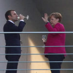 ZEIT: Nadšená reformná Európa Emmanuela Macrona a unavená Merkelová