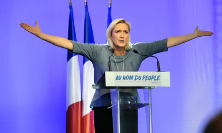Tŕnitá cesta Marine Le Pen
