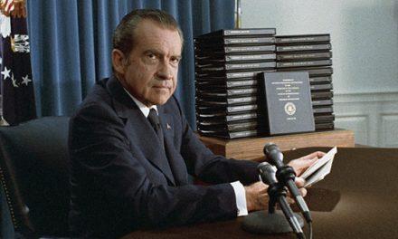 Buchanan o Nixonovi: Triumf a tragédia