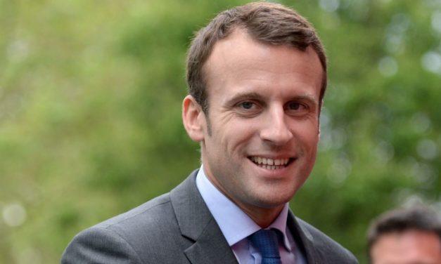 """Francúzi by dnes volili za """"Frexit,"""" tvrdí Macron"""
