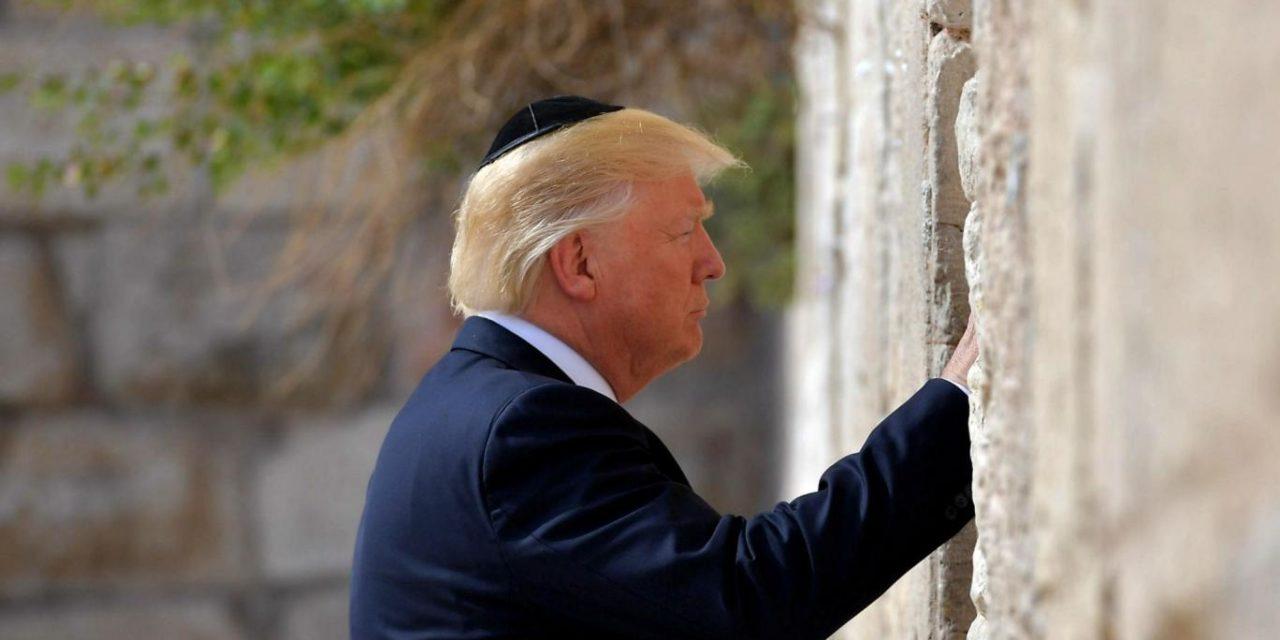 INDEPENDENT: Donald Trump vážne obráti hore nohami Blízky Východ