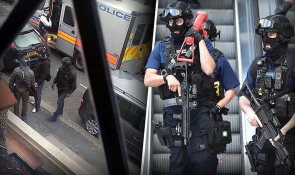 Britské úrady priznávajú: V krajine je 23 000 potenciálnych džihádistov a nemožno ich ustrážiť, píše DAILY EXPRESS: