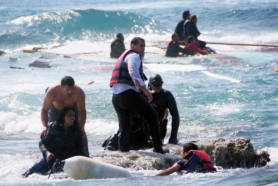 Grécke utečenecké tábory sú preplnené, vláda chce časť imigrantov ubytovať v hoteloch