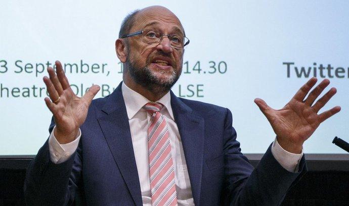 E15: Schulz zvolený za predsedu SPD. Sľúbil daňovú úľavu sociálne slabším a pomoc rodinám