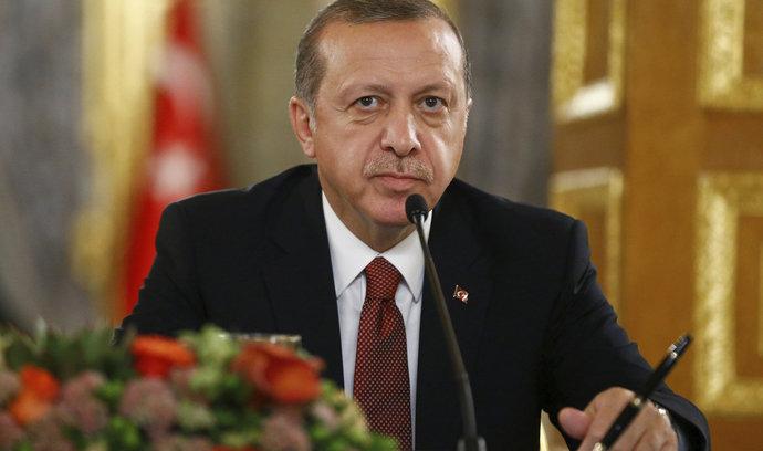 E15: Američania chcú zatknúť členov Erdoganovej ochranky