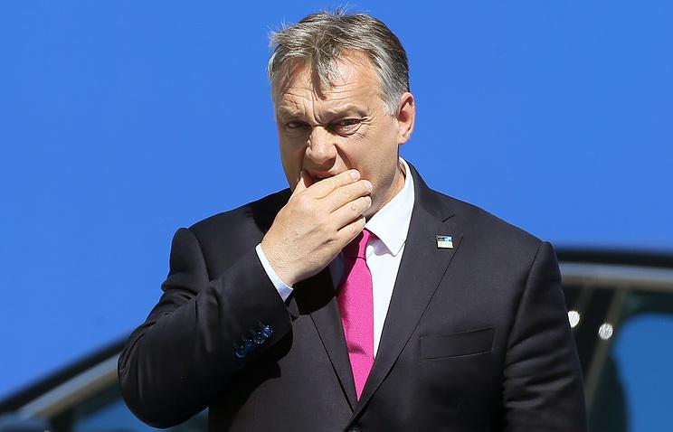 Maďarský premiér obvinil Brusel z napomáhania teroristom