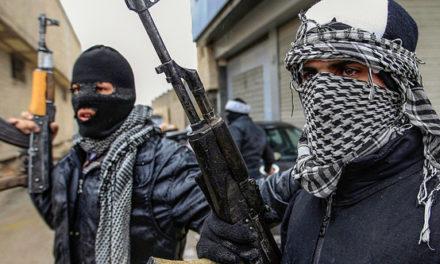 THE AMERICAN CONSERVATIVE MAGAZIN: Ako Amerika ozbrojila teroristov v Sýrii – KOMENTÁR Garetha Portera