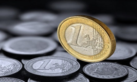 EÚ ide na jednotné sociálne zabezpečenie v Európe šikovne od boku. Navrhuje najprv paneurópske dôchodkové produkty  .