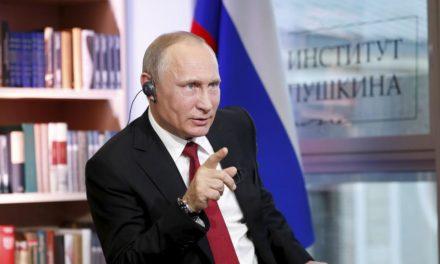 """Vladimír Putin pre Le Figaro: """"Ruskom strašíte samých seba …"""""""