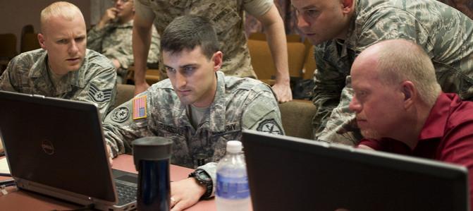 Boj s terorizmom: Internet ako bojové pole. Dočkáme sa úplnej cenzúry?