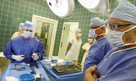 DENÍK: Vďaka Európskemu parlamentu ceny umelých kĺbov stúpnu možno o 10 násobok