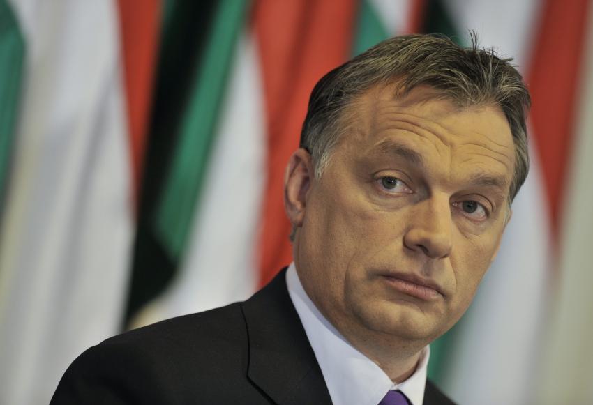 """E15: """"Soros vytvára sieť podobnú mafii"""", tvrdí Orbán a chce sprísniť kontrolu mimovládok"""