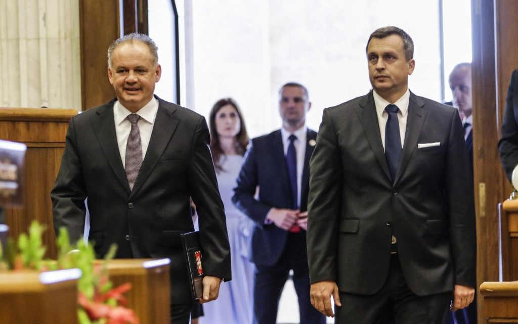 Polienko do lesa článkov o prezidentovi Andrejovi Kiskovi a o tom ako sa podvod nestal