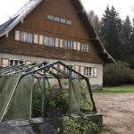 E15: U českých hraníc chátra rekreačný areál špičiek NDR. Pozrite sa, kde odpočíval Erich Honecker