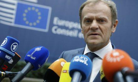 Šéfovia krajín EÚ rokujú o Tuskovom cestovnom poriadku debát o integrácii