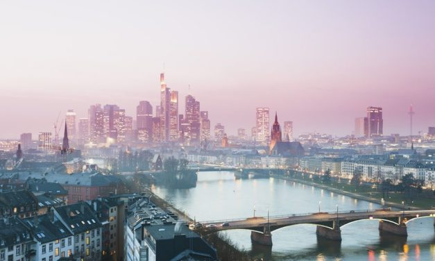 BREXIT: Frankfurt nechce londýnskych bankárov