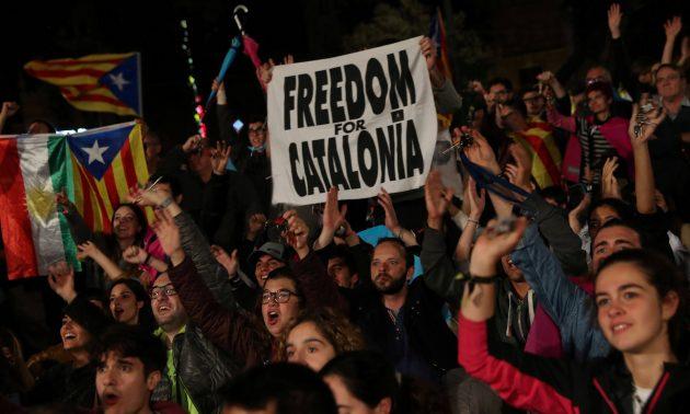 V Katalánsku sa rozhodne, či budúcnosť EÚ bude demokracia, alebo…