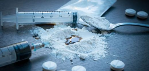 VIDEO: Európsky parlament chce kriminalizovať nové drogy