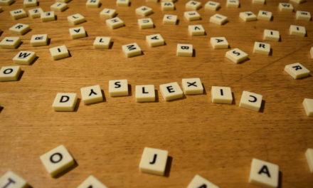 Vedci zistili čo spôsobuje dyslexiu