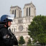 """""""Nikto nie je v bezpečí:"""" Francúzsko schválilo kontroverzný protiteroristický zákon"""