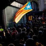 V Katalánsku hrozí stret s tisíckami obetí v uliciach! Tvrdí politológ Dmitrij Abzalov