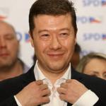 ČESKO PO VOĽBÁCH: Nahnevaný Okamura navrhol zoštátnenie Českej televízie i rozhlasu
