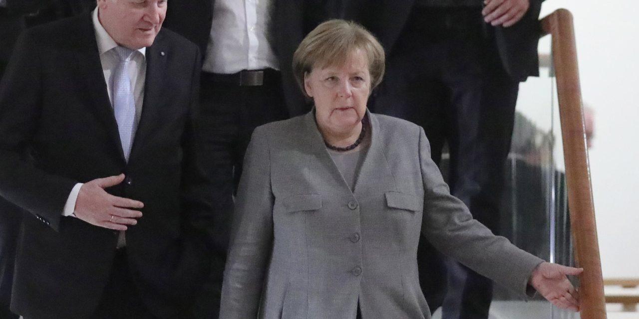 MIMORIADNA SPRÁVA: Zelení pochovali aj možnosť menšinovej vlády Merkelovej. Odmietli v nej účasť