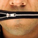 Tak sme sa dočkali: Tvrdá cenzúra v Česku na základe obsahu mailov