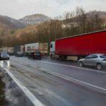 MIMORIADNA SPRÁVA: V Belgicku na žiadosť rumunských šoférov zadržali 112 slovenských kamiónov