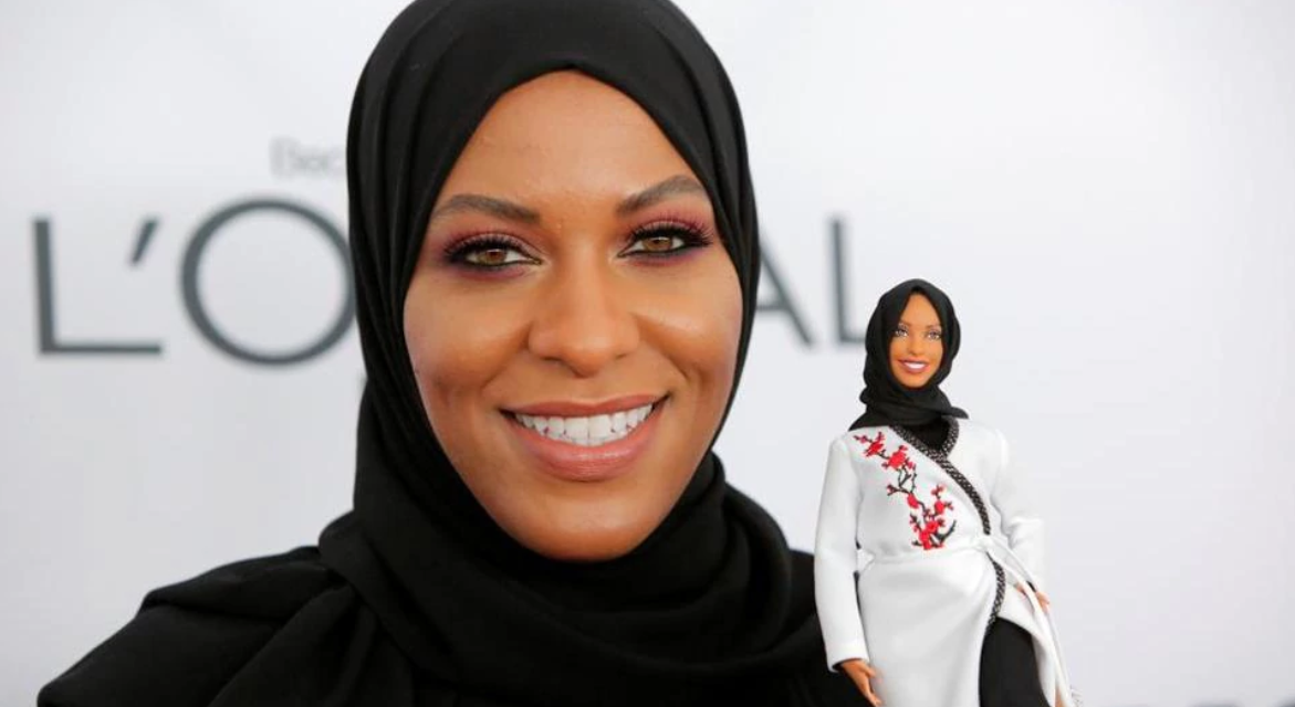 Al-Džazíra: Mattel predstavil prvú Barbie v hidžábe. Inšpirovali sa olympijskou šermiarkou