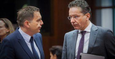 MIMORIADNA SPRÁVA: Francúzsko podporí Petra Kažimíra na post predsedu Euroskupiny