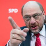 Schulz sa pravdepodobne vracia ku koalícii SPD a CDU/CSU. Tlak na neho vyvíja aj prezident Nemecka