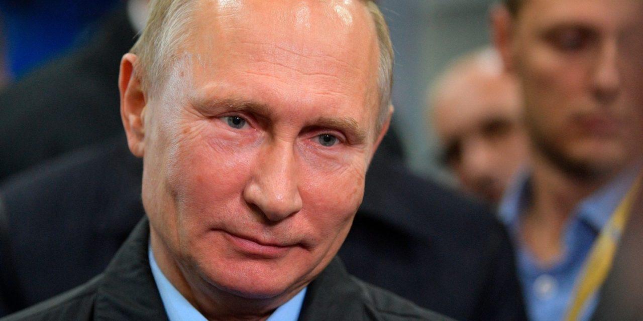 VIEME PRVÍ A VČAS: Vladimír Putin ide do prezidentských volieb