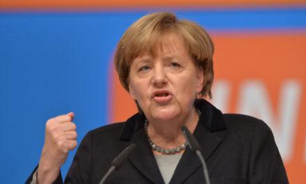Merkelová utrpela ťažkú porážku v Bundestagu.
