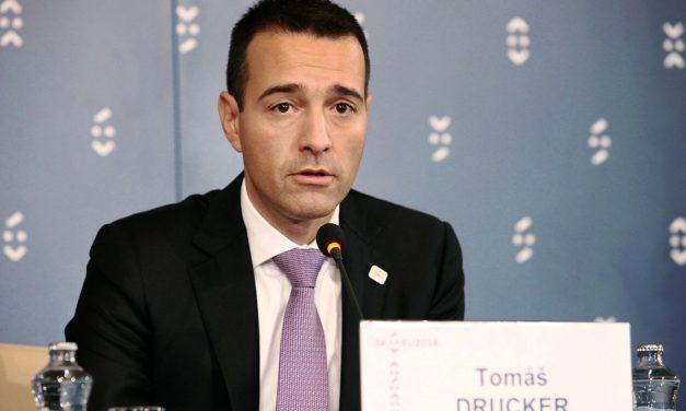 Aktuality: Tomáš Drucker si chce zachovať vnútornú integritu a podáva demisiu na poste ministra vnútra