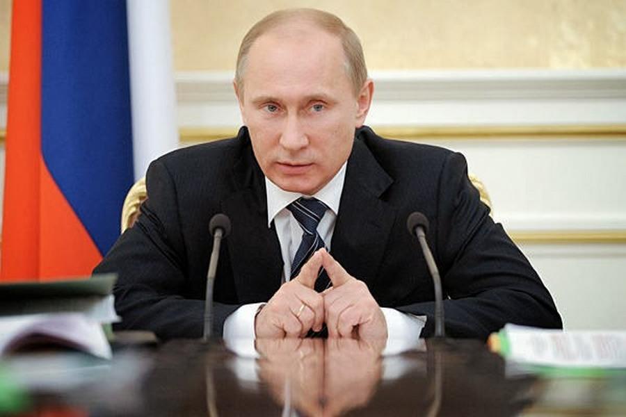 Ruskí oligarchovia sa boja pritvrdenia západného dohľadu a prevádzajú peniaze do Ruska