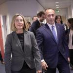 EU Observer: Kosovskí predstavitelia sa vyhrážajú obnovením UCK voči Európe