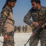 """REUTERS: Spojené štáty na východe Sýrie budujú """"pohraničné vojsko"""""""