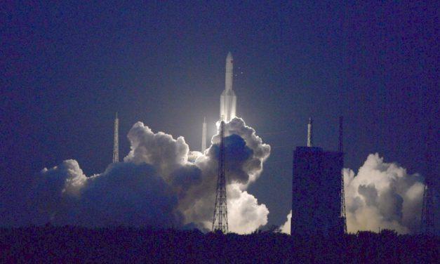 Elon Musk svojou raketou Falcon Heavy poslal čínsku kozmonautiku hanbiť sa do kúta