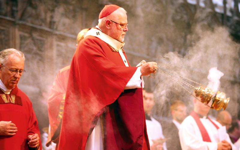 ROZKOL V KATOLÍCKEJ CIRKVI: Pravoverní katolíci obviňujú nemeckého kardinála z odpadlíctva