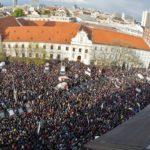 FRANTIŠEK KSENZSIGH: Vajatanie opozície