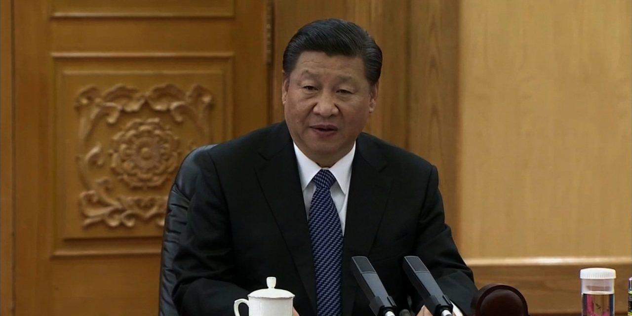Čínsky prezident bude vládnuť neobmedzene dlho. Donald Trump to podporuje, Putin nie.