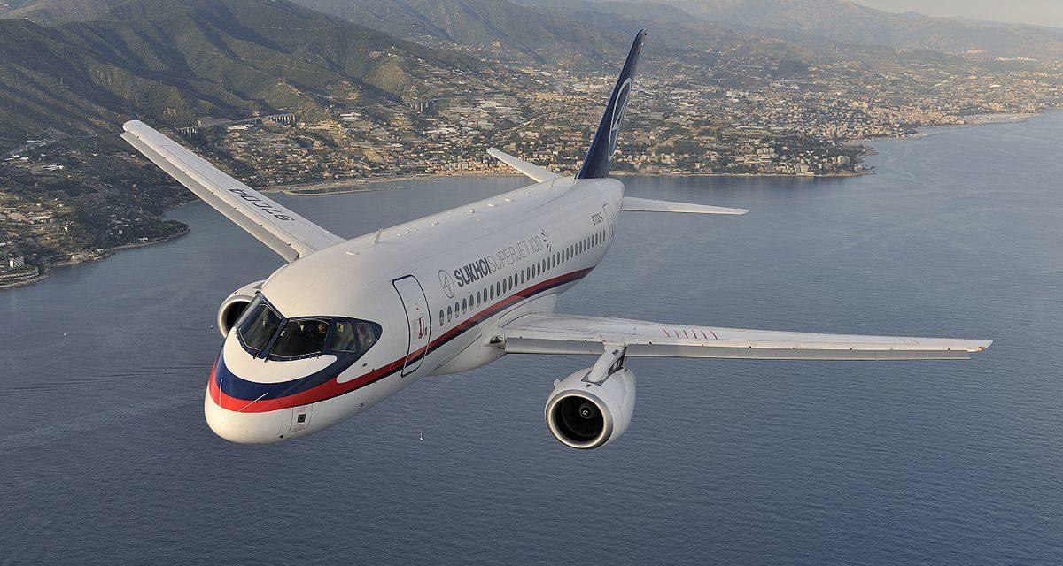 Irán chce kúpiť 40 ruských lietadiel SSJ-100