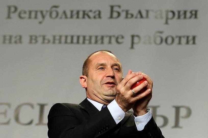 Bulharský prezident Rumen Radev chce priamy plynovod z Ruska