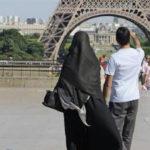 Poviedka na dnes: Islam sa konečne stáva jediným náboženstvom vo Francúzsku